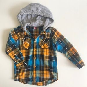 Boys Quiksilver like new long sleeve Flannel Shirt with Hood pockets Size 6